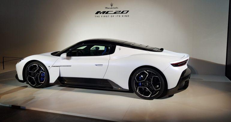 بالصور والفيديو: إطلاق مازيراتي MC20 السيارة الرياضية الخارقة في دبي