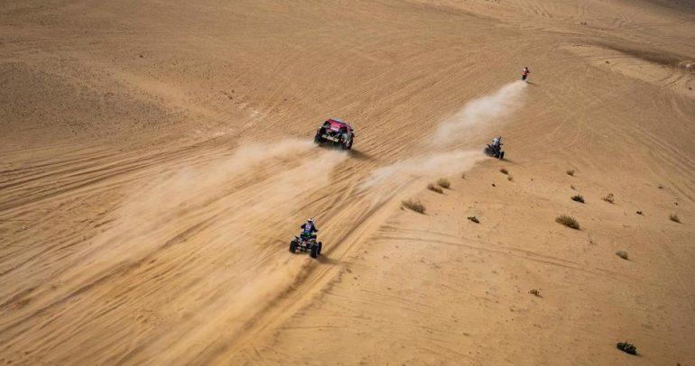 السائق يزيد الراجحي يقتنص صدارة المرحلة السابعة في رالي داكار السعودية 2021