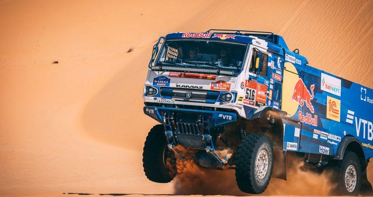 دليلك إلى داكار السعودية 2021: مغامرة فريدة في صحراء مهيبة وأكثر من مجرد سباق!