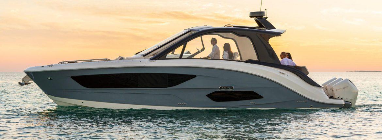 قارب بي إم دبليو