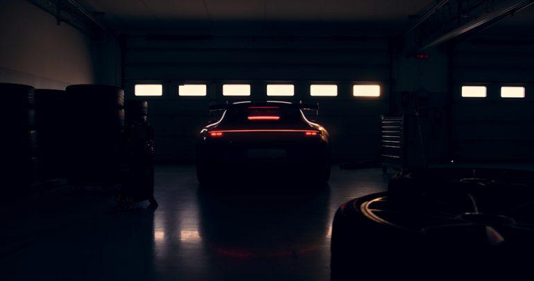 ترقبوا.. بورشه تضيف طرازاً جديداً على مجموعة طرازات 911 GT