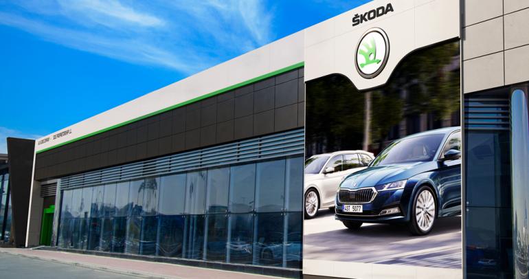 """""""علي وأولاده"""" تفتتح أكبر صالة عرض لسيارات سكودا فيالعالم بالإمارات"""