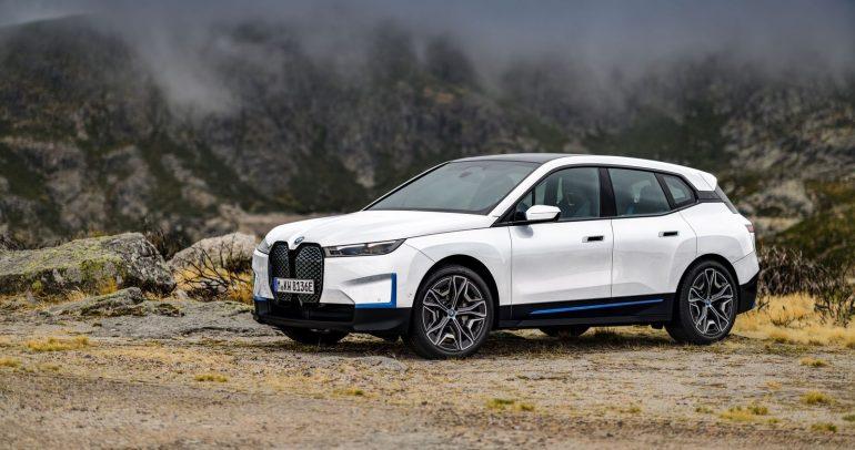 بالصور: أول سيارة من طراز BMW iX