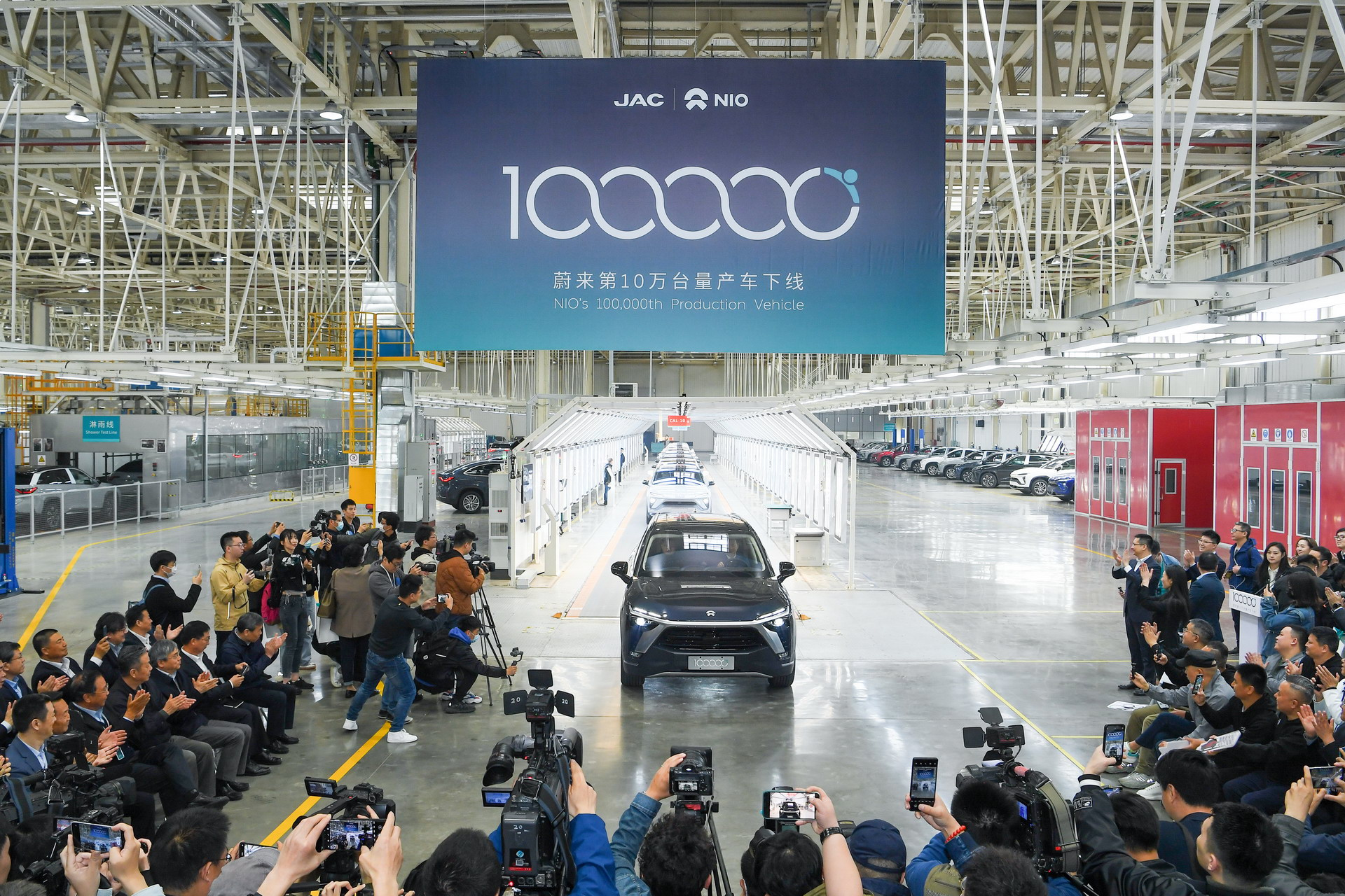نيو تنتج السيارة رقم 100.000
