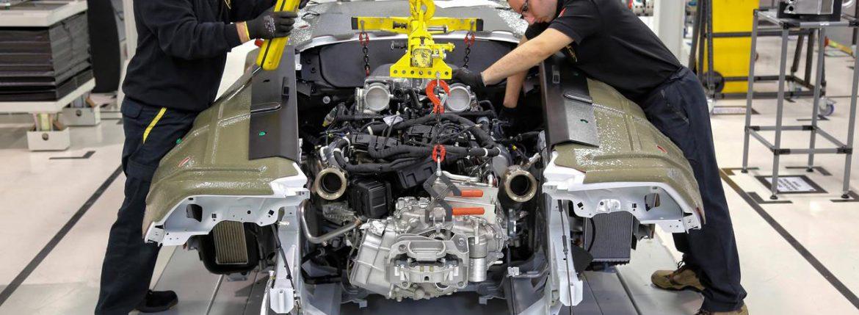 محركات السيارات الإيطالية