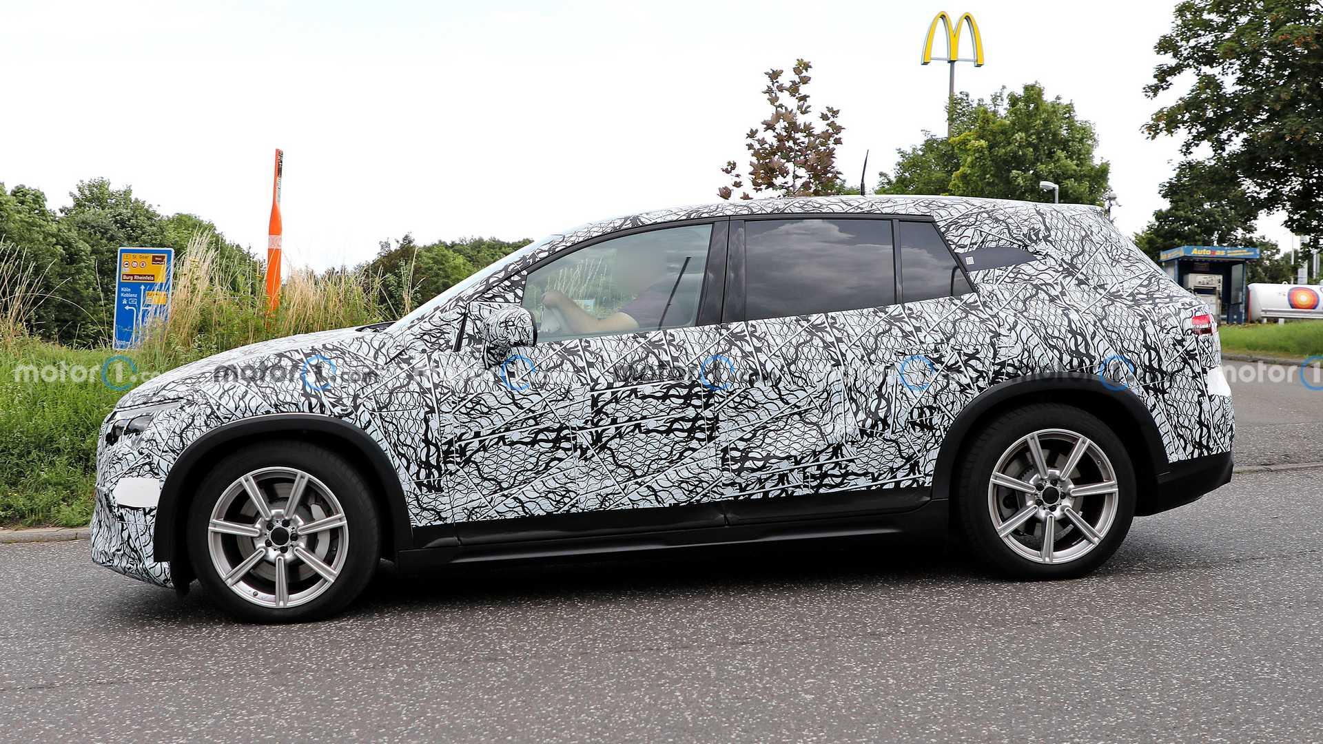 مرسيدس EQS SUV