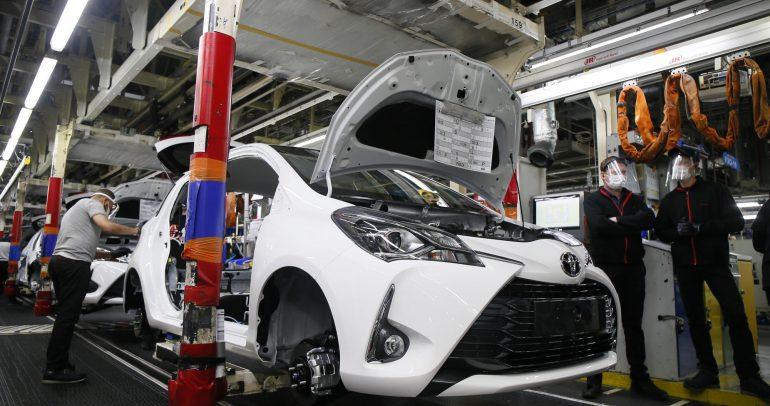 بلومبرغ: تويوتا تقرر خفض إنتاجها بنسبة 40 % بسبب نقص الرقائق الإلكترونية